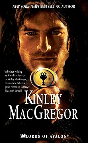Knight of Darkness (Lords of Avalon) - MacGregor, Kinley